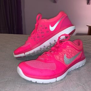 Nike Flex 2015 Run Sneakers
